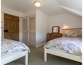 Twin bedroom at Greenbank